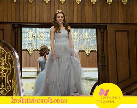 Kiralık Aşk Final Bölüm kıyafetleri Defne'nın giydiği abiye markası Closh.