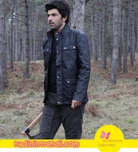 Ölene Kadar dizisinde Dağhan Karakterini canlandıran Engin Akyürek'in giydiği Siyah deri mont Koton Pantolon markası G-Star Raw