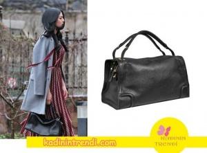 Eşkiya-Dünyaya-Hükümdar-Olmaz-55-Bölüm-Kıyafetleri-Meryemin-siyah deri çantası Desa'dan