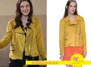Yıldızlar-Şahidim-1-ve-2-Bölüm-Dizi-Kıyafetleri-Haziran-sarı fermuarlı süet ceket Boyner markasıdır Mink Pink Ceket