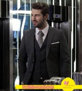 No-309-36-Bölüm-Dizi-Kıyafetleri-Furkan-Palalının-giydiği-gri-takım-elbise-kombini-Ramsey