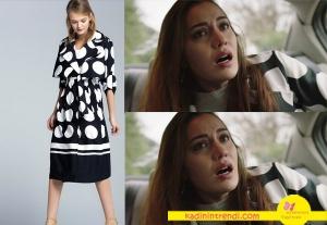 Ölene kadar Fahriye Evcen dizi kıyafetleri puantiyeli trençkot markası İpekyol