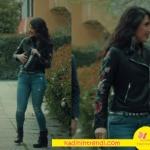 İstanbullu Gelin Süreyyanın arkadaşı Dilara kolları çiçekli siyah deri ceket ve jean kombini kemer ve ayakkabıları markaları araştırılıyor.