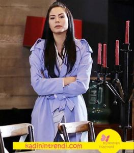 No 309 dizi kıyafetleri Lale karakterini canlandıran Demet özdemir mavi trençkot markası Trendyol Milla