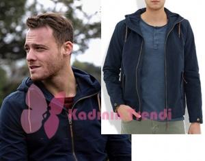 Bu Şehir Arkandan Gelecek 16. Bölüm Sponsorları Kerem Bursin lacivert kapşonlu Sweatshirt Koton marka