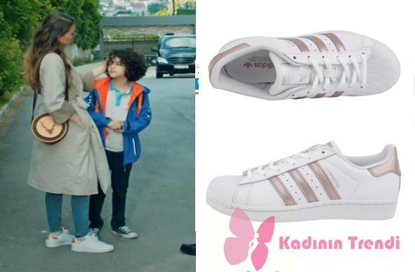 İstanbullu-gelin-13.-bölüm-dizi-kıyafetleri- süreyya spor ayakkabılar Adidas Süperstar