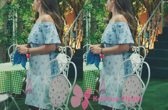 Kalp Atışı 3. bölüm Dizi Kıyafetleri Esma'nın giydiği mavi çiçekli elbisenin markası Koton.
