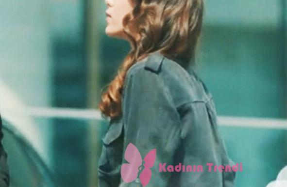 Kalp Atışı Dizisinde Eylül'ün giydiği gri gömlek Dk Fahion markadır.