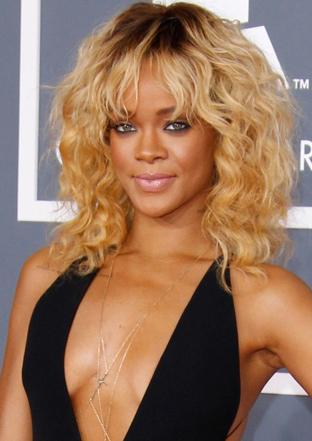 Rihanna ve Bebek sarısı Saçları