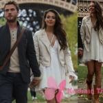 Çukur 1. bölüm Sena taba rengi bot ve krem rengi deri ceket markası Vero Moda.