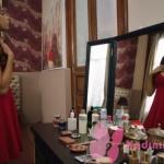 Fazilet Hanım ve Kızları Ece Kırmızı elbise nereden