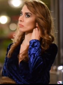 İstanbullu Gelin Kıyafetleri 25. Bölüm Süreyya'nın Teyzesi Senem mavi kadife elbise nerden