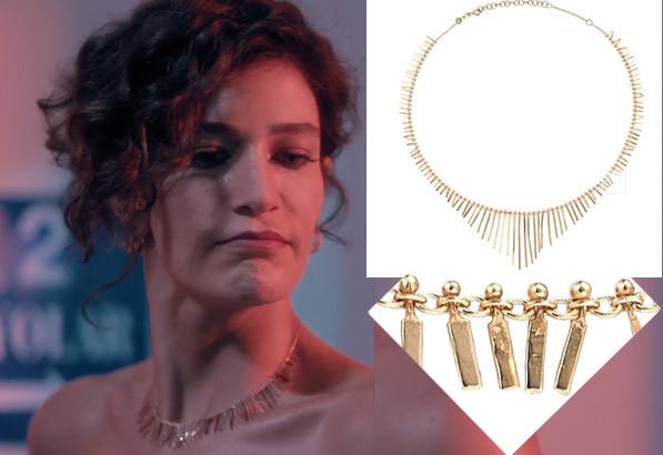 Fi Çi 2. Bölüm Berrak Tüzünataç Özge Kıyafetleri Özgenin kolyesi Kismet By Milka marka