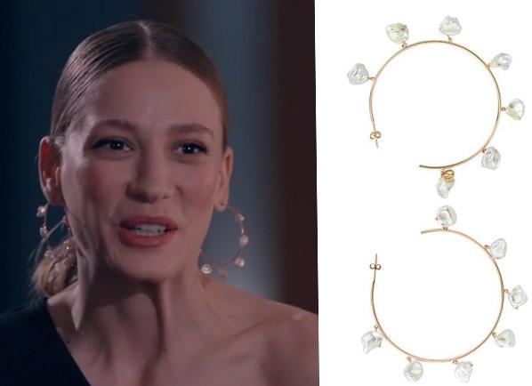 Fi Çi 2. Bölümde Durunun taktığı incili halka küpe markası charms company