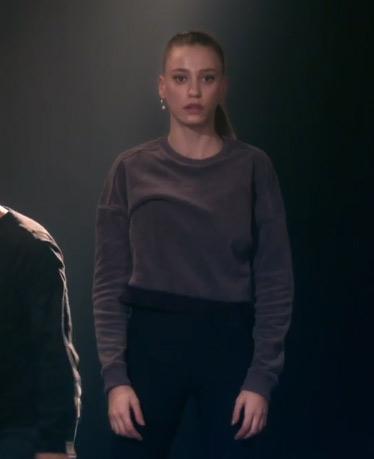 Fi 2. sezon 2. bölüm Durunun giydiği mor sweatshirt ve siyah tayt nerden?