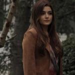 Siyah inci 6. bölüm Hazal Kahve rengi ceket markası Berrin İstanbul.