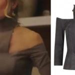 Ufak Tefek Cinayetler 6. bölüm Pelin karakterinin giydiği omuz detaylı gri bluzu Ceren Ocak tasarımıdır
