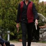 Çukur dizisi Vartolunun bordo yeleği siyah gömleği ve siyah pÇukur dizisi Vartolunun bordo yeleği siyah gömleği ve siyah pantolonu neredenantolonu nereden
