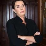 Çukur dizisi son bölümde Sultan karakterinin giydiği siyah yelek ve siyah elbisenin markası Ekol