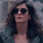 Fi Çi 4. bölüm Özge'nin kullandığı siyah güneş gözlüğü hangi marka
