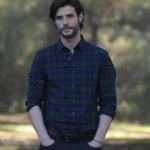 Murat'ın 1. bölümde giydiği kareli gömlek ve gri pantolon nereden?