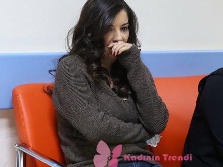 Çukur kıyafetleri Selimin Karısı Ayşegülün kazağı Koton marka